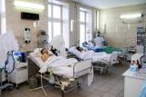 Результаты экспертизы уточнили число жертв отравления метанолом в Иркутске