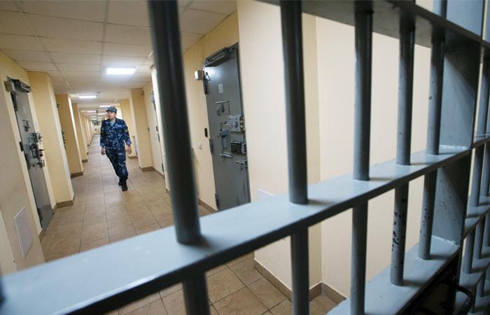 Суд приговорил двух финансистов к 8,5 годам тюрьмы за вывоз 122 млрд рублей за границу