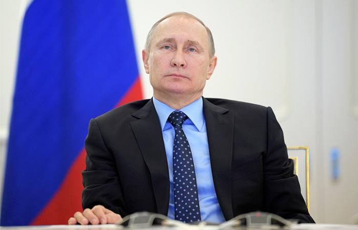Путин пообещал не высылать американских дипломатов