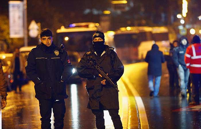 Число жертв нападения на ночной клуб в Турции возросло до 39 человек