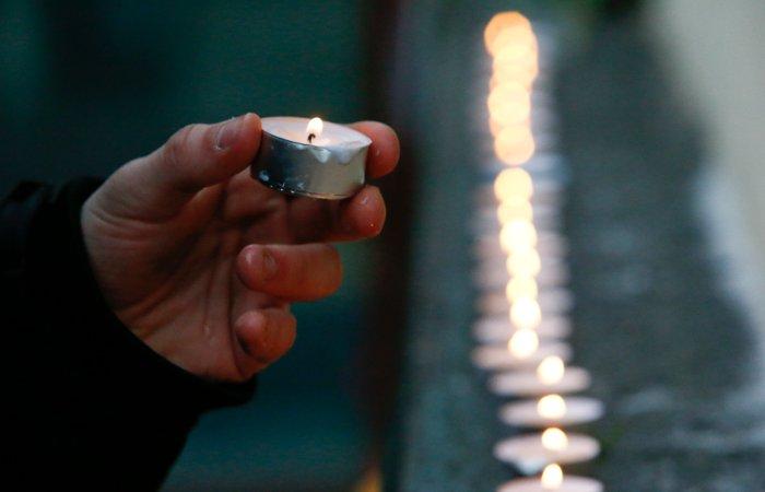 Американцы спели гимн России в память о жертвах крушения Ту-154