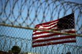 После передачи четырех заключенных в Гуантанамо остались 55 узников