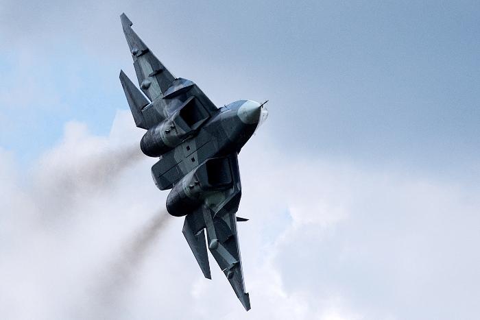 ВКС России в 2017 году получат пять истребителей Т-50