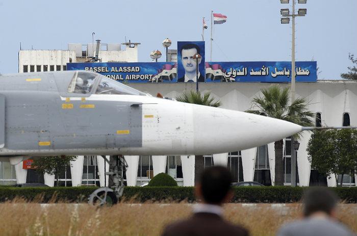 СМИ сообщили о новых ударах российской и сирийской авиации по позициям ИГ
