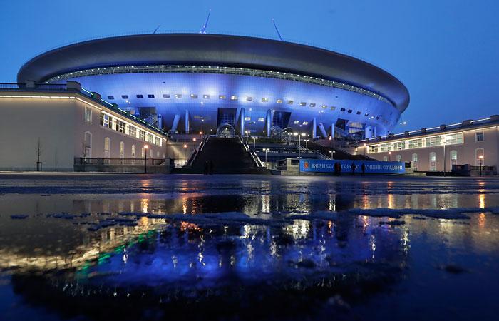 Петербуржские власти выделили надостройку «Зенит-Арены» еще 2 млрд руб.