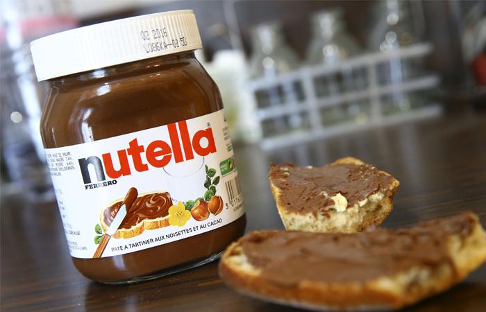 Кондитерская компания Ferrero выступила в защиту пальмового масла