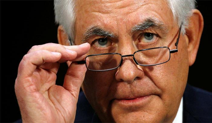 Тиллерсон объявил , что поддержалбы поставки смертельного  оружия Украине