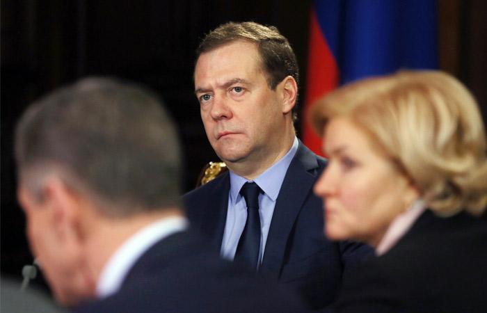 Медведев утвердил правила общественного контроля в сфере ЖКХ
