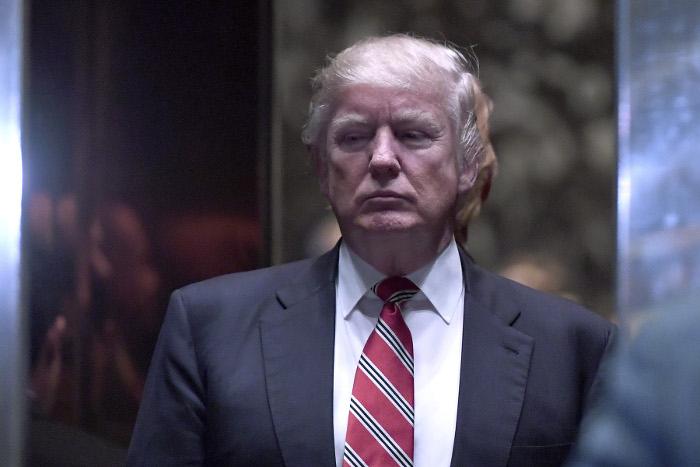 Трамп наинаугурации присягнет сразу на 2-х Библиях