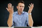 Артемий Лебедев вызвал Алексея Навального на теледебаты