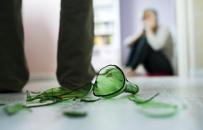 Законопроект о декриминализации домашнего насилия прошел второе чтение