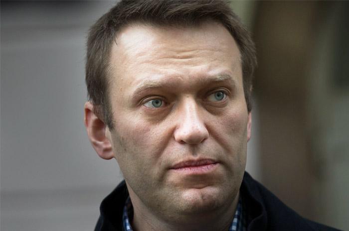 """ЦБ запросил у Навального имя требовавшего закрыть """"Яндекс.Кошелек"""" сотрудника"""