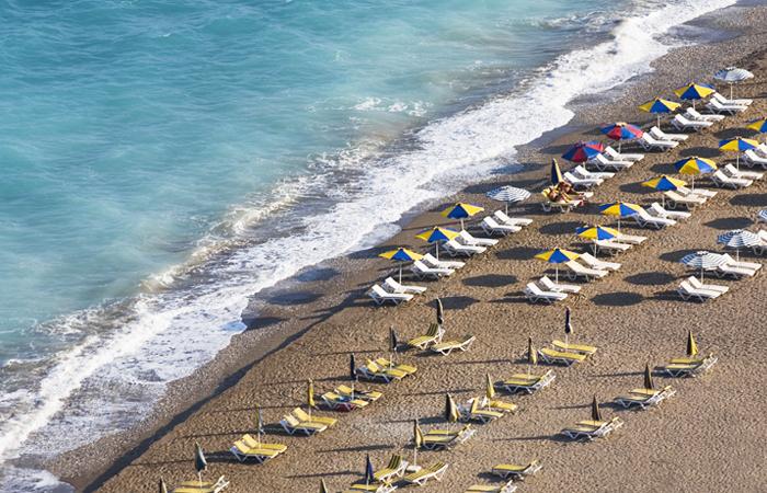 Греческие острова попросили ЕС об особых визовых условиях для туристов из РФ