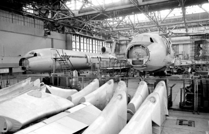 Устаревшие самописцы затрудняют расследование крушения Ту-154 Минобороны под Сочи
