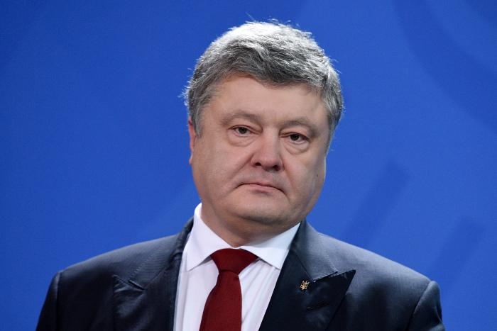 Порошенко запланировал провести референдум по вступлению Украины в НАТО