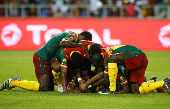 Сборная Камеруна заполучила Кубок африканских наций пофутболу
