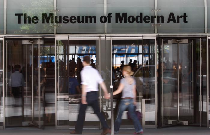 Вамериканском Музее современного искусства вНью-Йорке заменили работы известных живописцев