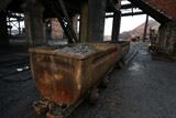 Премьер Украины призвал прекратить блокаду критически важных товаров из Донбасса