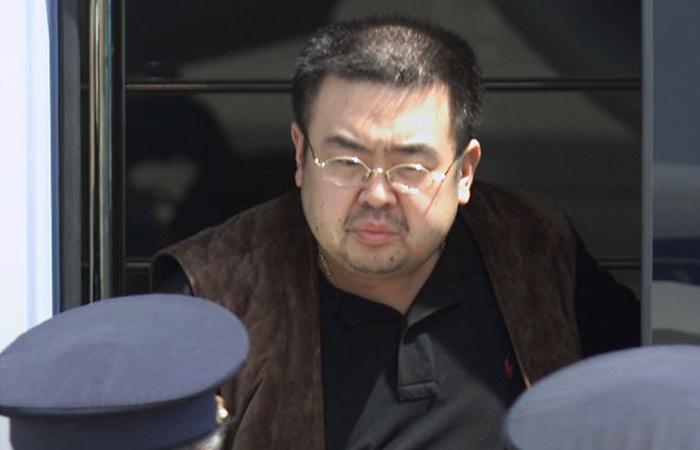 Брата Ким Чен Ына убили ваэропорту Малайзии отравленными иглами,