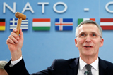 Страны НАТО согласились увеличить оборонные расходы