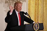 Трамп назвал ведущие американские СМИ врагами народа