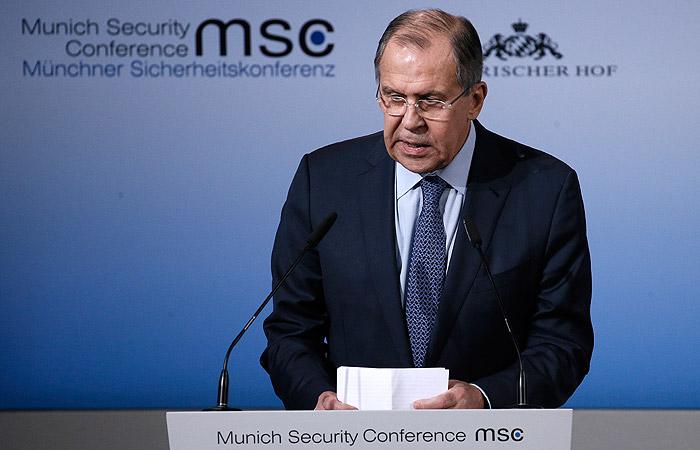 Лавров объявил, что РФ пора восстановить военное сотрудничество сНАТО