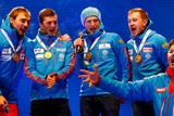 Мужской сборной РФ по биатлону пришлось самостоятельно спеть гимн на церемонии награждения