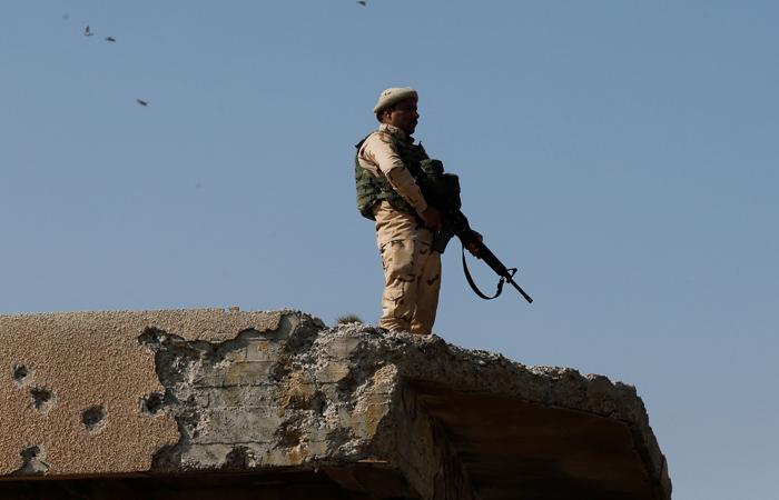 Иракским правительственным войска удалось войти водин изкварталов западного Мосула