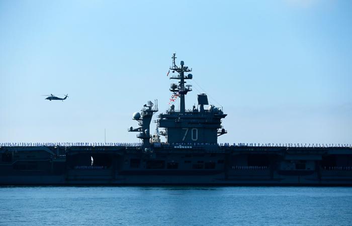 Авианосец США начал патрулировать Южно-Китайское море