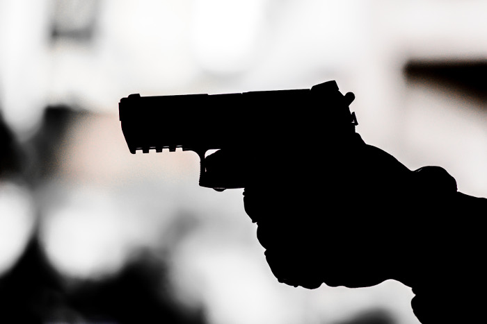 В столице России ребенок ранил инструктора стрелкового клуба и исчез