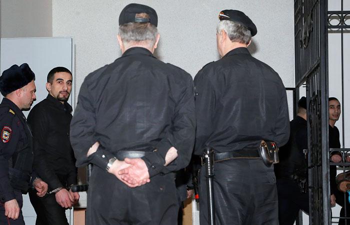 Двое обвиняемых в убийстве семьи полицейского в Самарской области осуждены пожизненно