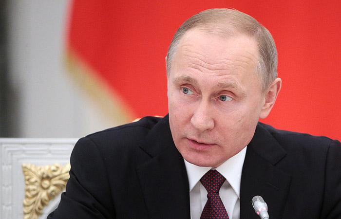 Путин назвал своей личной инициативой отправку кораблей ВМФ РФ к берегам Сирии