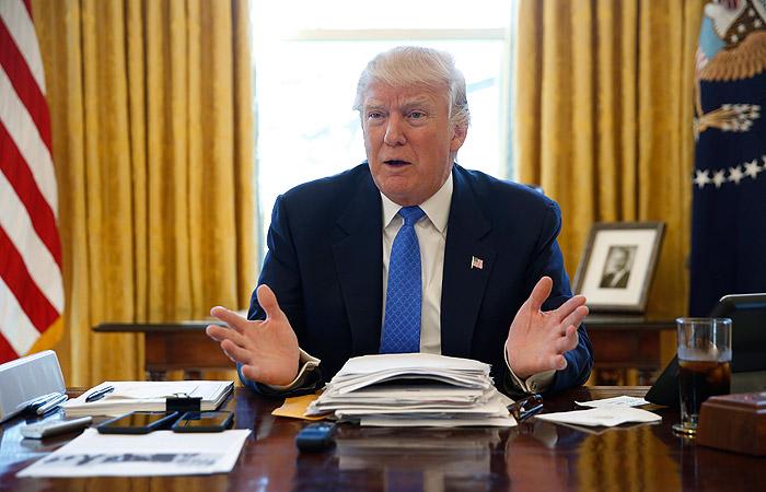 ФБР неможет остановить людей, «сливающих» конфиденциальную информацию— Трамп