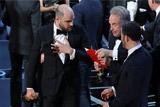 """Компания PwC объяснила ошибку с объявлением победителя на вручении """"Оскара"""""""
