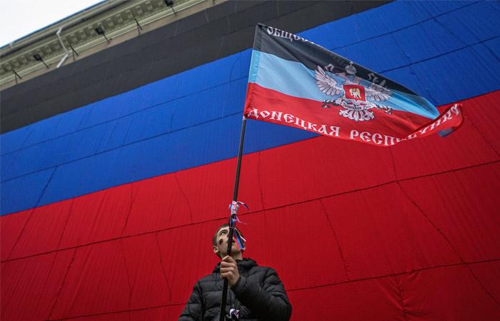 Захарченко: под внешнее управление ДНР переведено около 40 учреждений