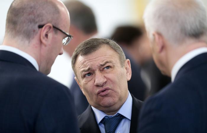 Forbes определил новых «королей госзаказа» Друг В.Путина Аркадий Ротенберг лишился первого места