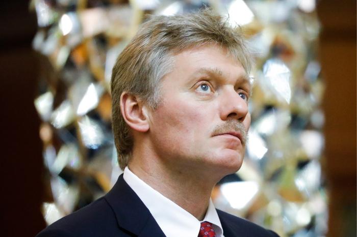 Песков: Истерика вВашингтоне иСМИ вредит отношениям США и РФ