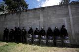 Не менее 19 детей погибли при пожаре в приюте в Гватемале