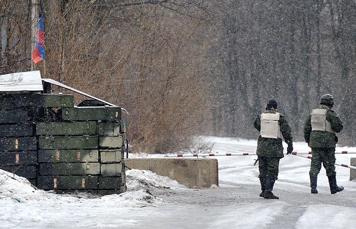 Руководитель ДНР присвоил линии соприкосновения вДонбассе статус госграницы
