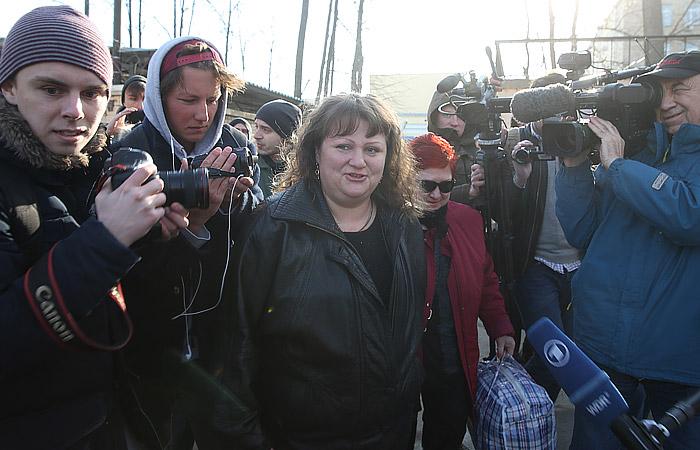 Помилованная президентом РФ Оксана Севастиди вышла на свободу