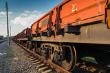 Порошенко предложил временно прекратить все транспортное сообщение с Донбассом