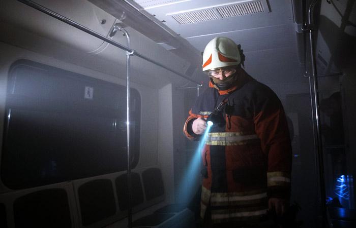 Угрозу взрыва объявили на4 станциях московского метро
