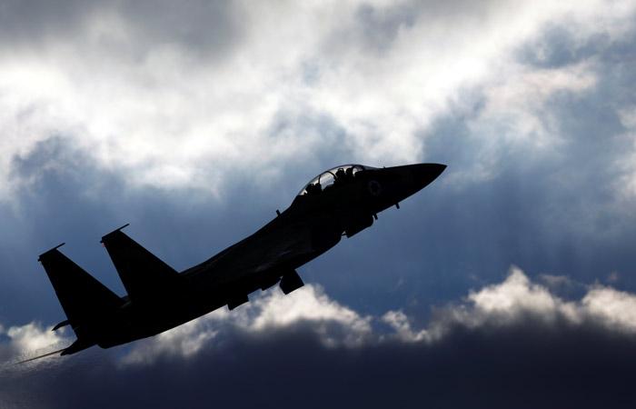 Сирийское ТВ сообщило о сбитом после налета на Сирию израильском самолете