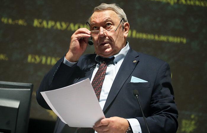 Общее собрание РАН перенесло выборы на осень