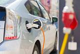 Эксперты не увидели в электромобилях угрозы для спроса на нефть