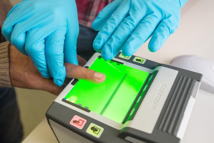 ЕС изучит целесообразность единой системы биометрических данных граждан