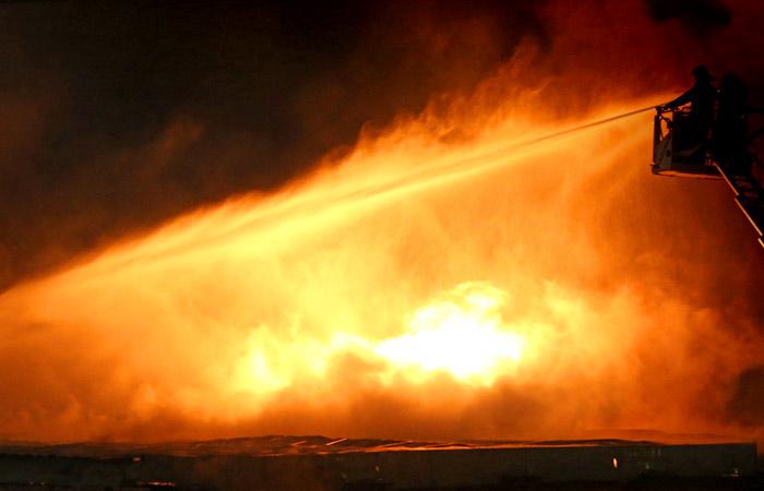 В Киеве объявили диверсию причиной взрывов боеприпасов в Харьковской области