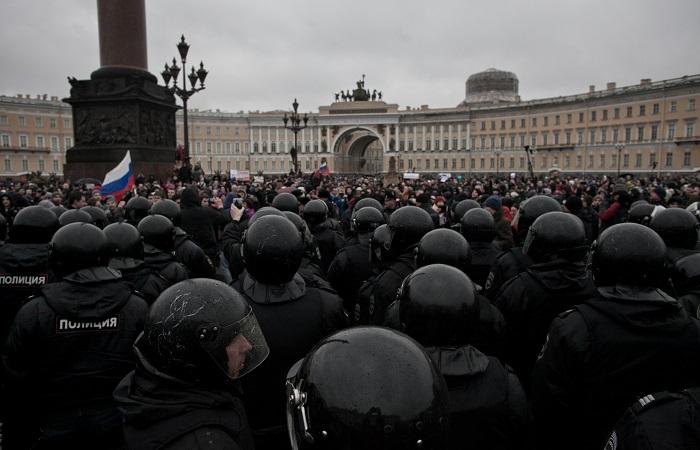 Более 130 человек задержаны в результате акции оппозиции в Петербурге