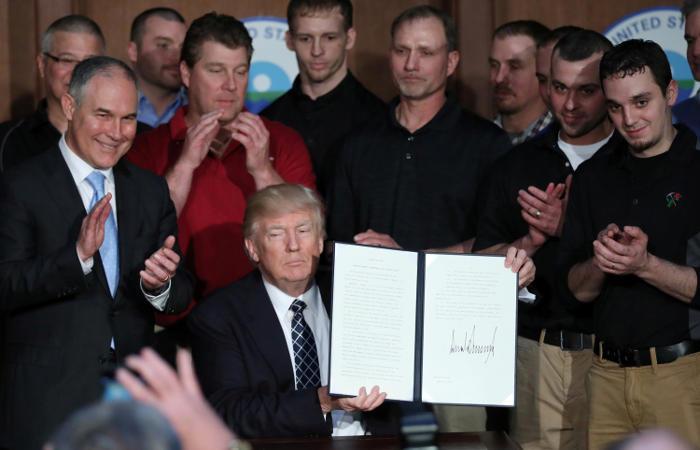 Трамп отменяет указы Обамы поборьбе сизменением климата