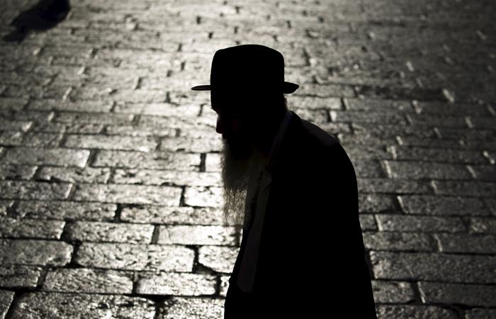 Суд выдворил из России раввина Сочинской городской еврейской общины